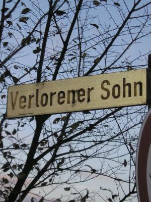 Schild an der Hervester Strasse von Dorsten-Wulfen In Richtung Ruhrgebiet * Foto: BREDEHORN.J / pixelio.de